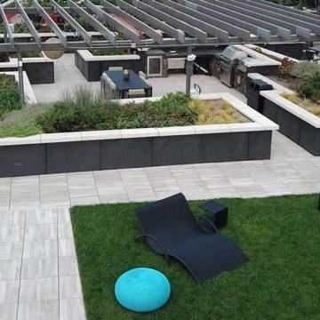 414-Apartments-rooftop-terrace-pool-deck-porcelain-pavers_2