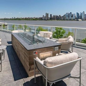 Avora-Condo-rooftop-terrace-pool-deck-porcelain-pavers_12