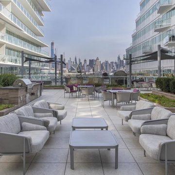 Avora-Condo-rooftop-terrace-pool-deck-porcelain-pavers_9