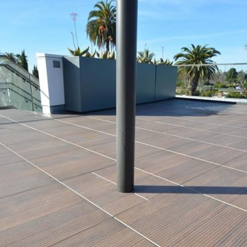 Harland-rooftop-terrace-wood-look-porcelain-pavers_1
