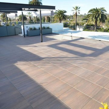 Harland-rooftop-terrace-wood-look-porcelain-pavers_4