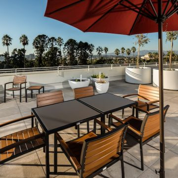 Hollenbeck-rooftop-terrace-stone-look-porcelain-pavers_2