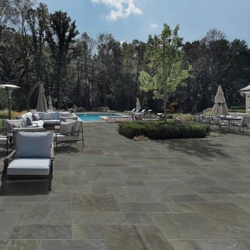 bluestone-pool-deck-tiles